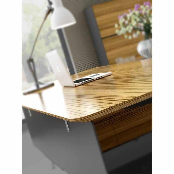 Milana Desk, Edge Detail
